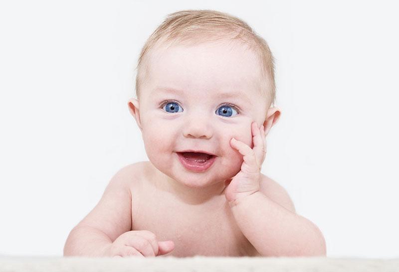 HVORDAN OPPNÅ SILKEMYK BABYHUD MED ALGER?